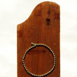 Pied d'ange (2) - 2004 - 47x11 cm